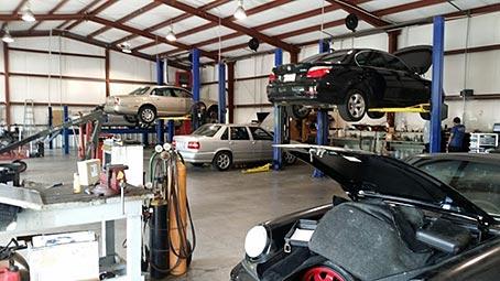 Mercedes Benz Servicing Garage